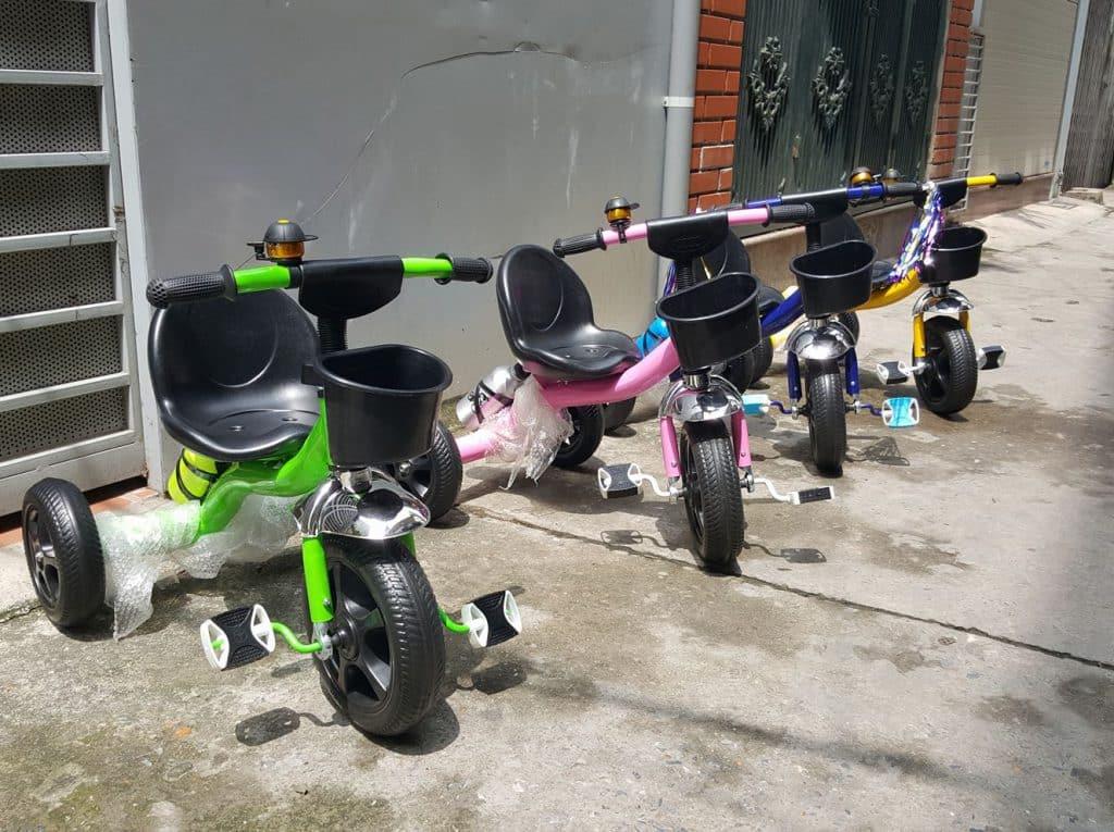 Xe ba bánh trẻ em