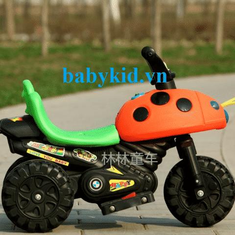 xe-may-dien-tre-em KL-vang