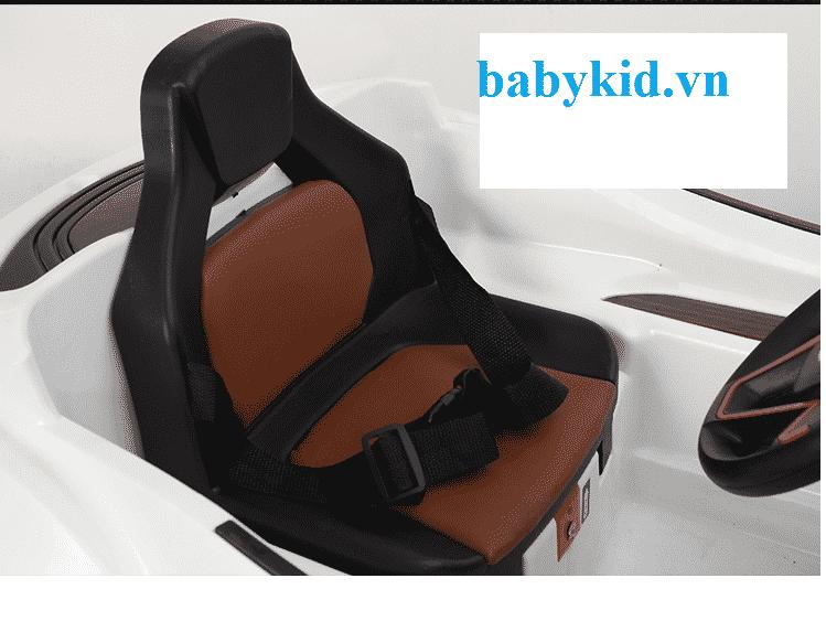 Xe ô tô điện trẻ em AT1818 có phiên bản ghế da
