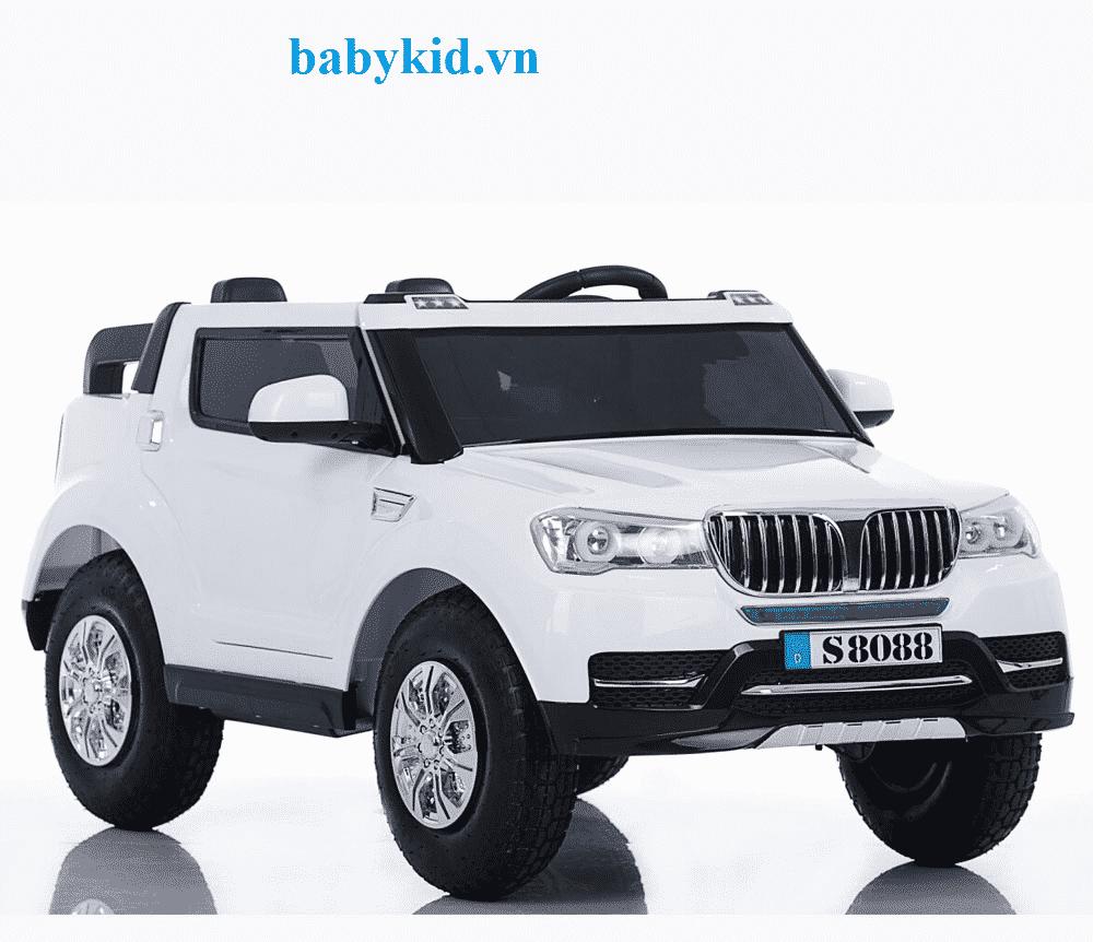 Xe ô tô điện trẻ em BMW-S8088 ( 4 động cơ,bánh hơi)