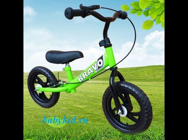 Xe thăng bằng trẻ em Bravo màu xanh 1