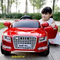xe ô tô điện trẻ em Audi A8L đỏ5