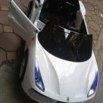 ô tô điện trẻ em LB-588 màu trắng
