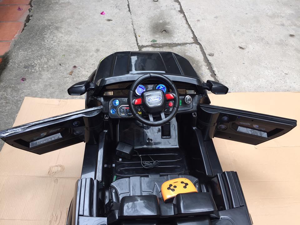 Xe ô tô điện trẻ em KP-2988