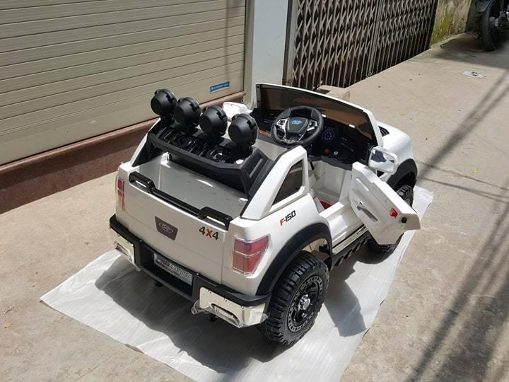 Xe ô tô điện trẻ em BBH-1388.6jpg