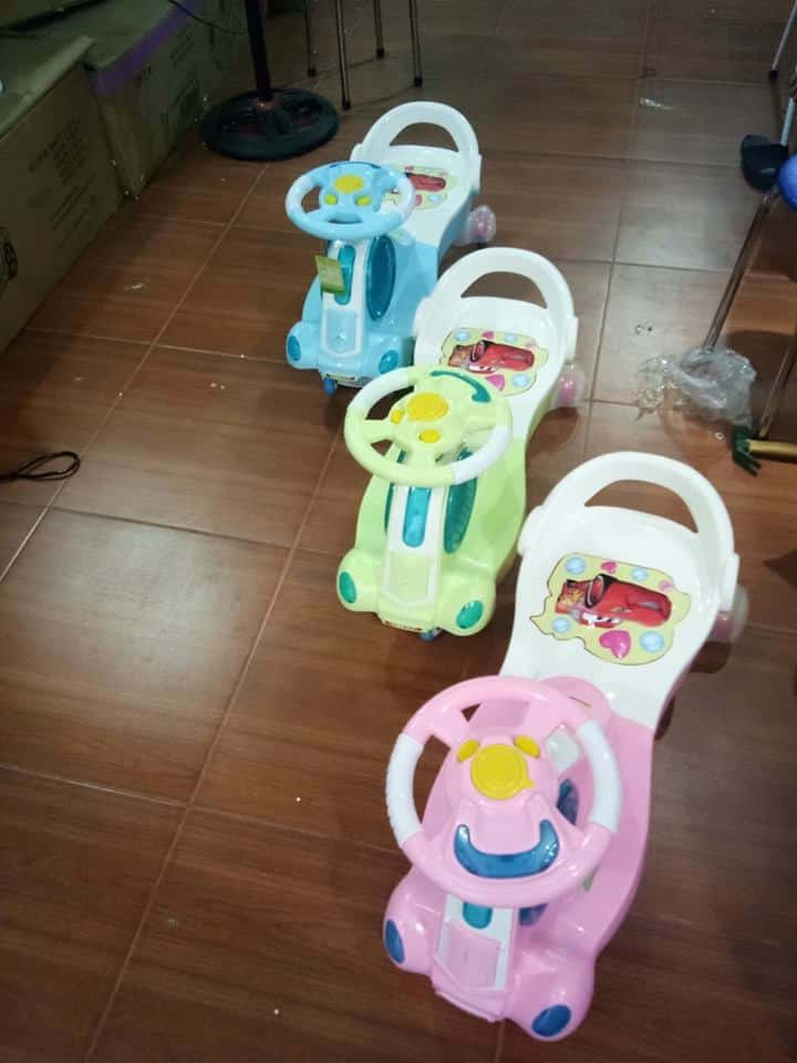 Xe lắc trẻ em 5189