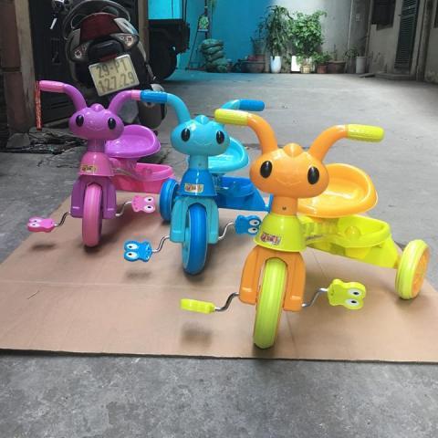 xe đạp 3 bánh hình mặt kiến.4