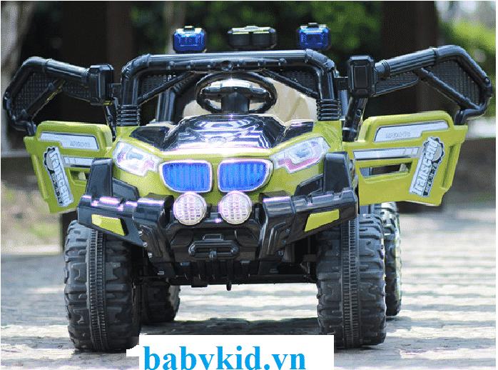 Xe ô tô điện trẻ em WXE-9688 xanh cốm