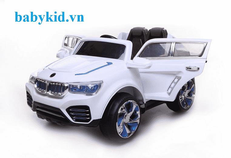 Xe ô tô điện trẻ em DK-F000 màu trắng