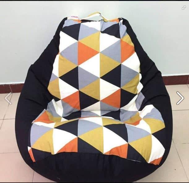 Các mẫu ghế lười hạt xốp quả lê tháng 5 đen pha tam giác