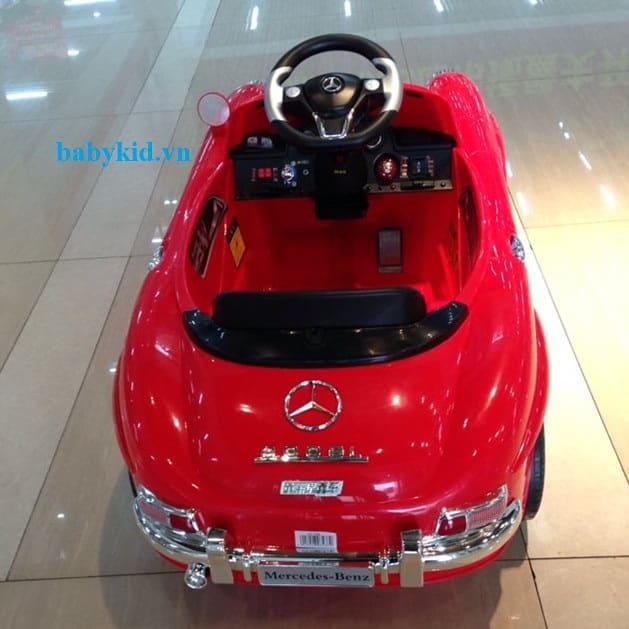 xe ô tô điện trẻ em Mec-7998 màu đỏ1