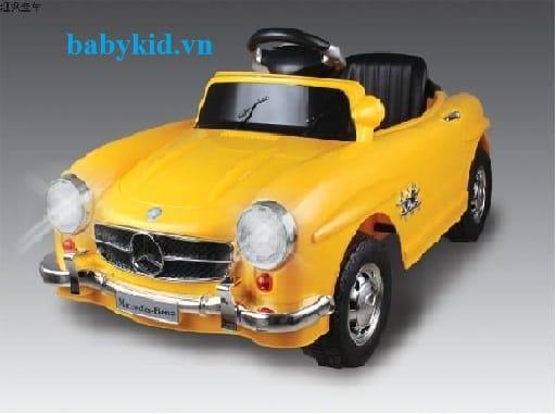 Xe ô tô điện trẻ em Mec-7998 màu vàng