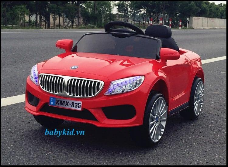 Xe ô tô điện trẻ em XMX-835 màu đỏ