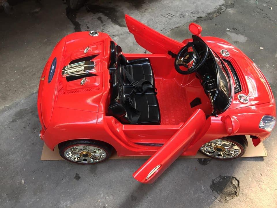 Xe ô tô điện trẻ em WXE-9988.1