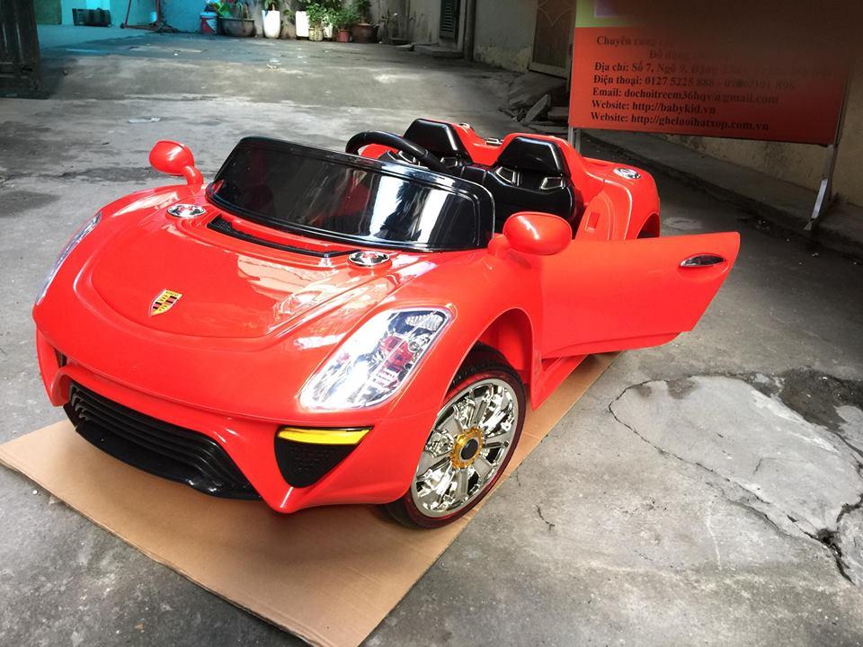 Xe ô tô điện trẻ em WXE-9988.4