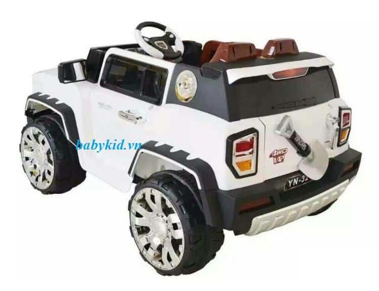 Xe ô tô điện trẻ em YN-3215 màu trắng 1