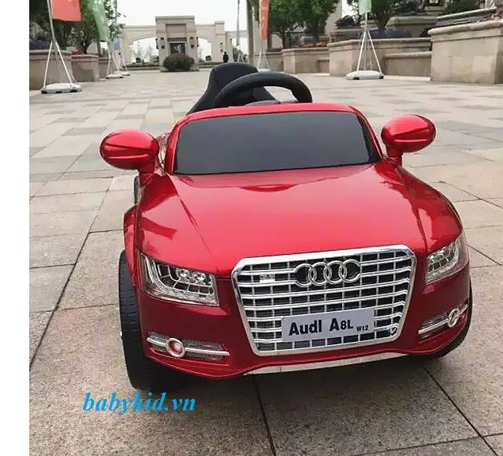xe ô tô điện trẻ em Audi A8L