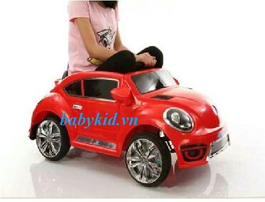 xe ô tô điện trẻ em BLF-8899 màu đỏ