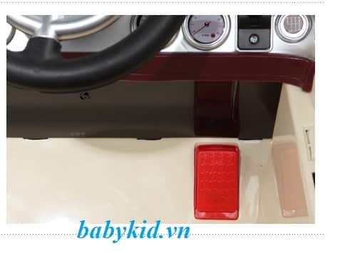 Xe ô tô điện trẻ em JE-128 chân ga