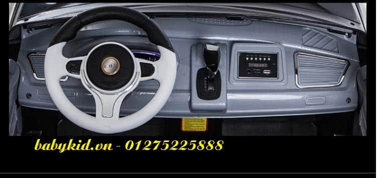 xe ô tô điện trẻ em A-998 bảng điều khiển