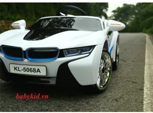 xe ô tô điện trẻ em KL-5068A màu trắng giá rẻ nhất