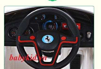 xe ô tô điện trẻ em mẫu mới