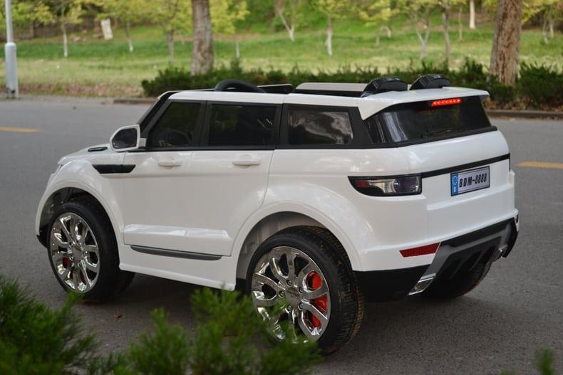 Xe ô tô điện trẻ em Rangrover màu trắng4