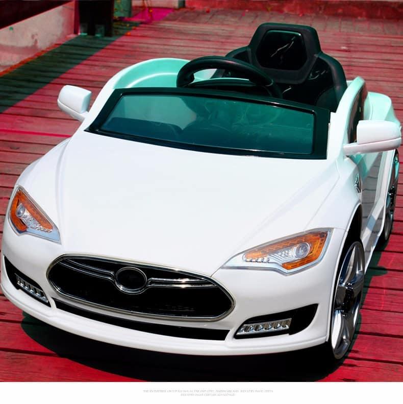 xe ô tô điện trẻ em JE-115 màu trắng1