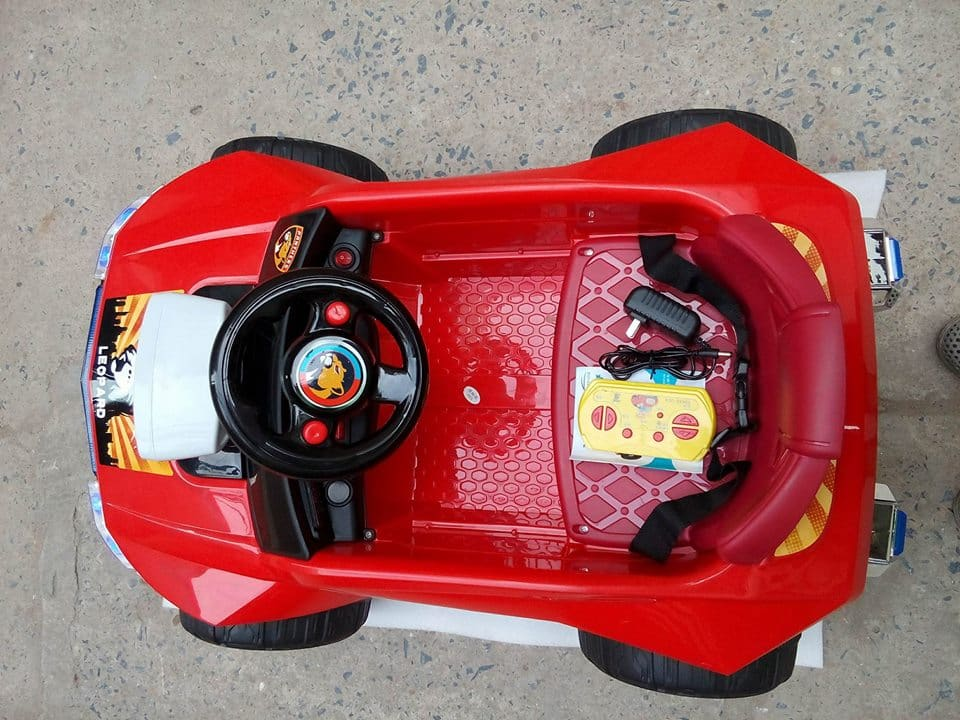 Xe ô tô điện trẻ em W-2502A.1