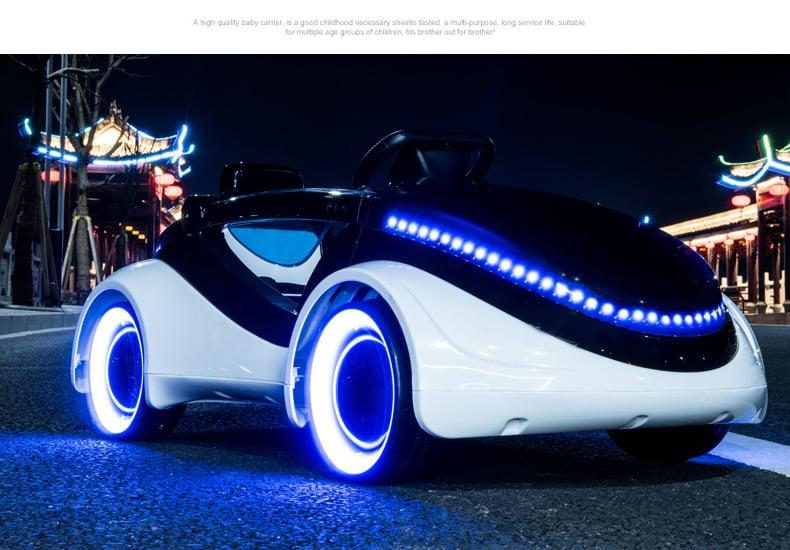 Xe ô tô điện trẻ em 888.14