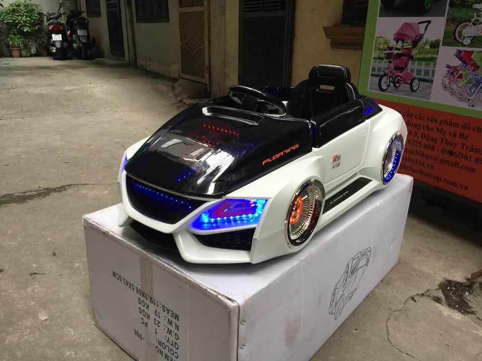 Xe ô tô điện trẻ em HL-988.5