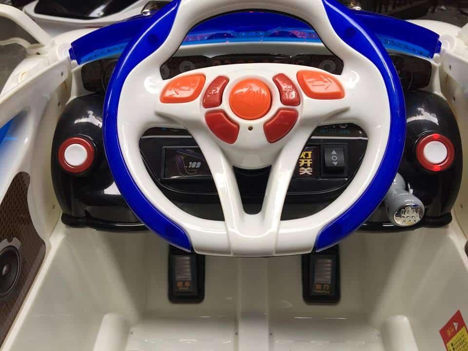 Xe ô tô điện trẻ em HL-988.9