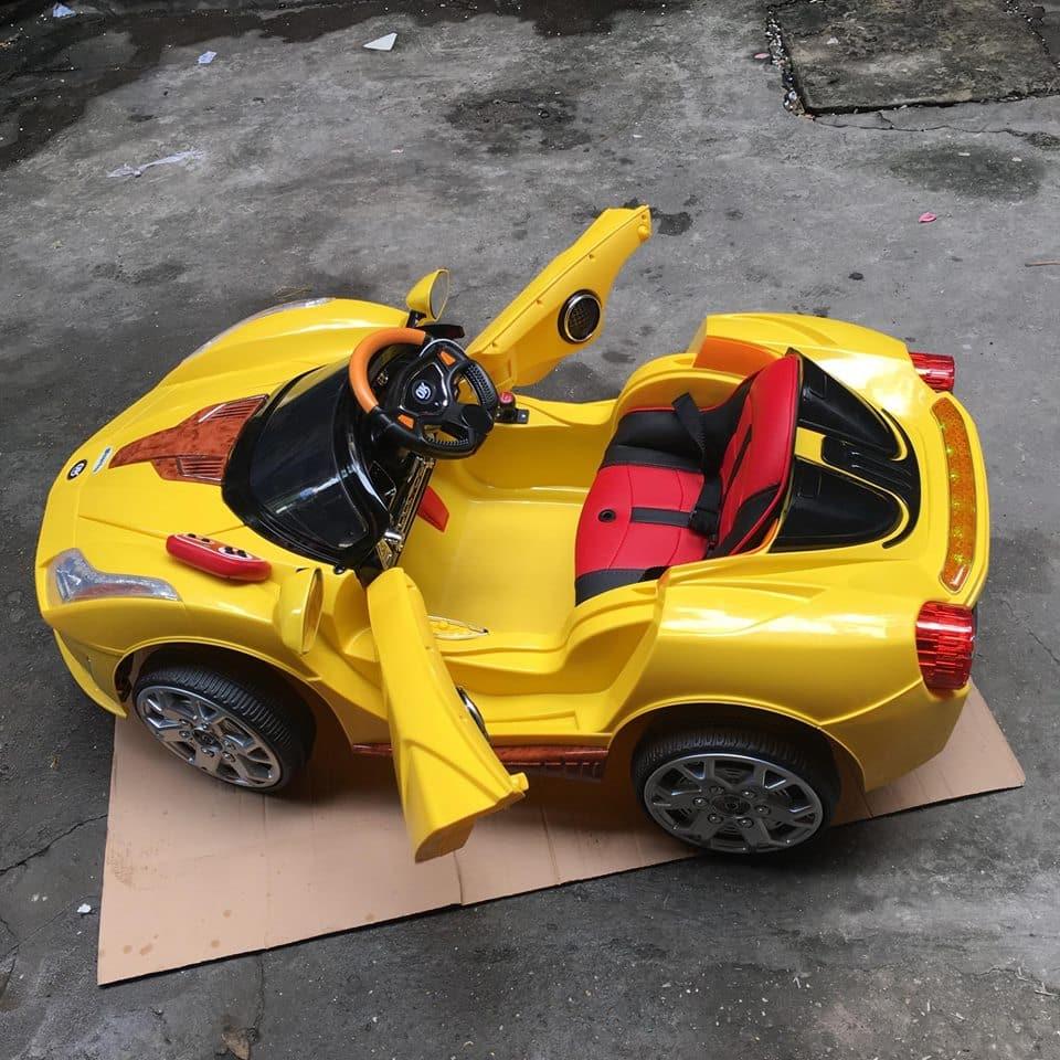 Xe ô tô điện trẻ em JE-116R.8